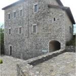 Conocer el Castillo de Petrela en Albania