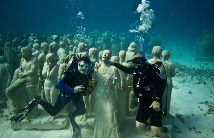 El Museo Subacuático de Cancún
