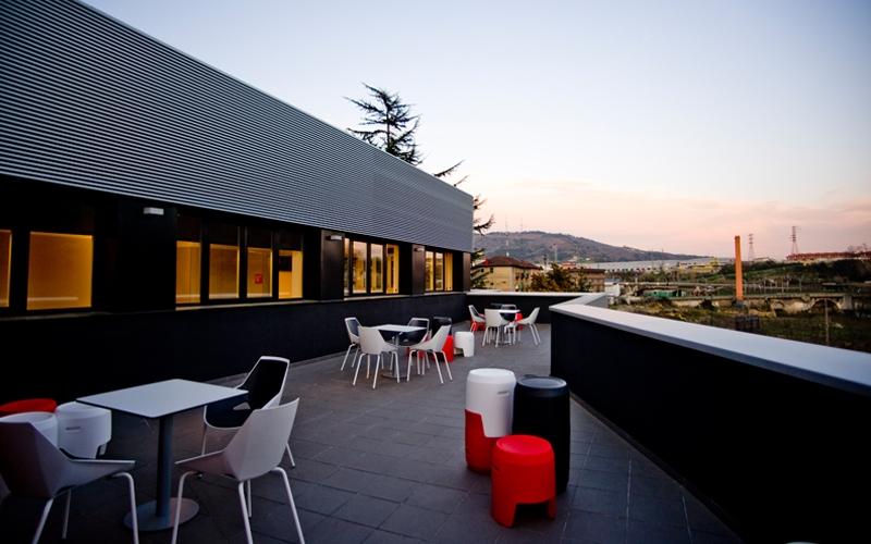 Los mejores hoteles adaptados para personas con for Hoteles con habitaciones para cinco personas